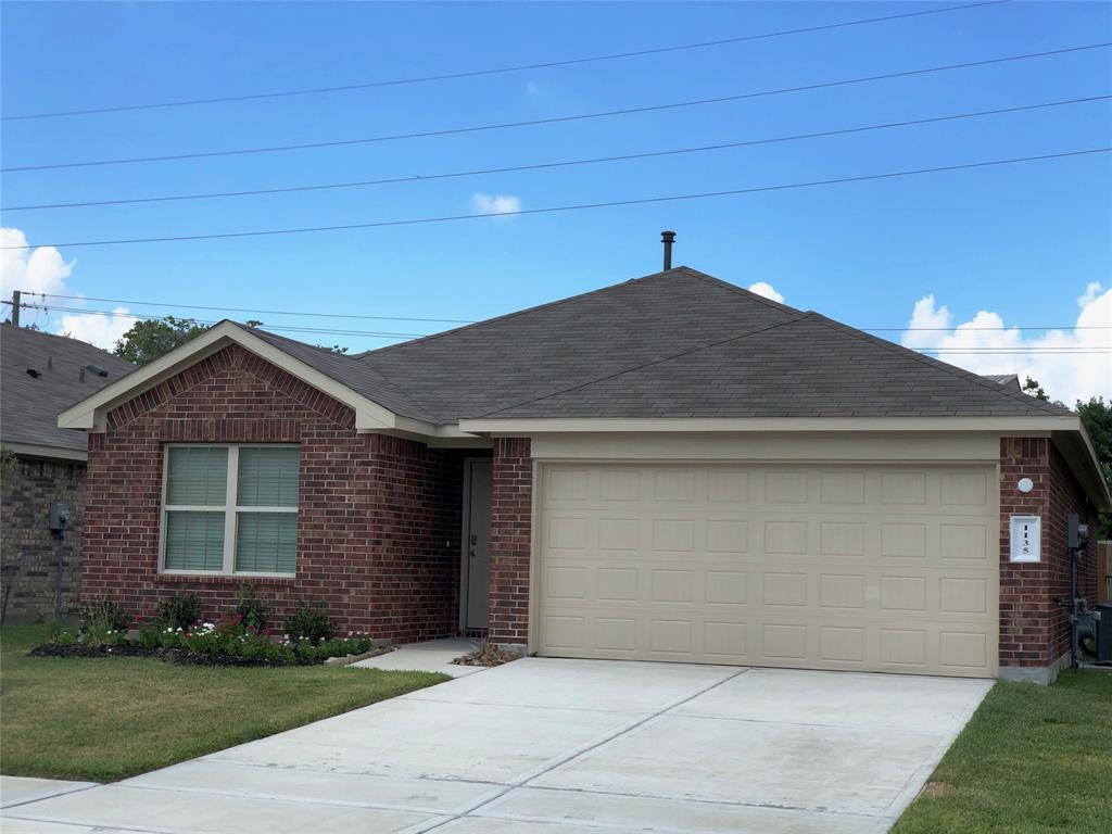 1135 Agua Dulce, Channelview, TX 77350