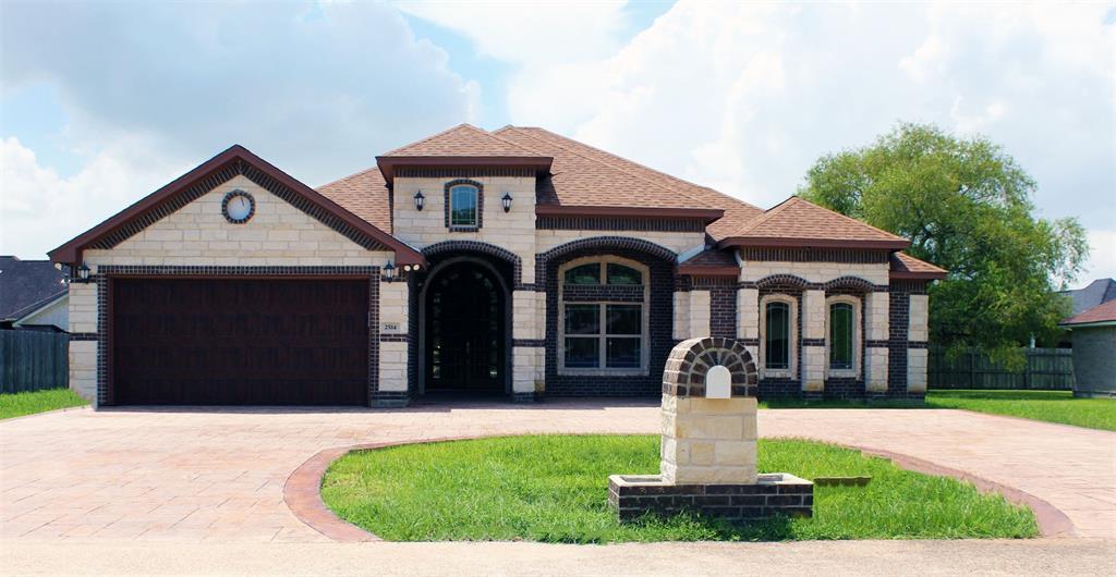 2514 Lily Lane, Highlands, TX 77562