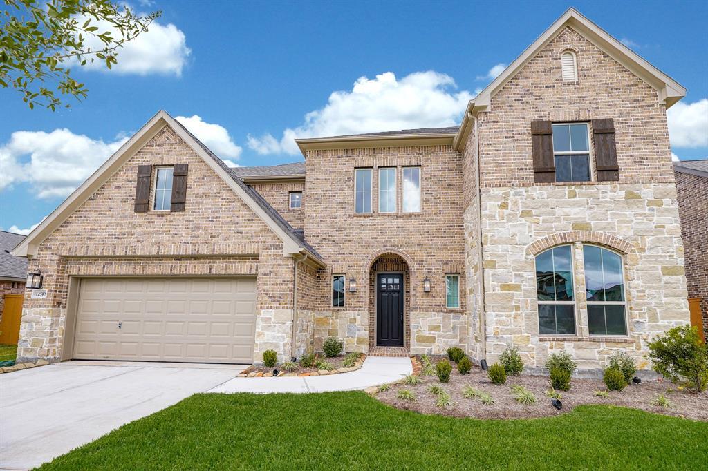 12510 Grayton Drive, Texas City, TX 77568