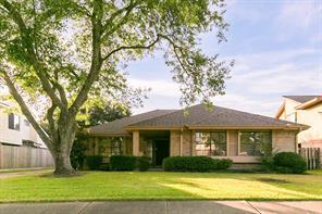 2918 Pepper Wood Drive, Sugar Land, TX 77479