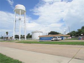 714 14th street n, texas city, TX 77590