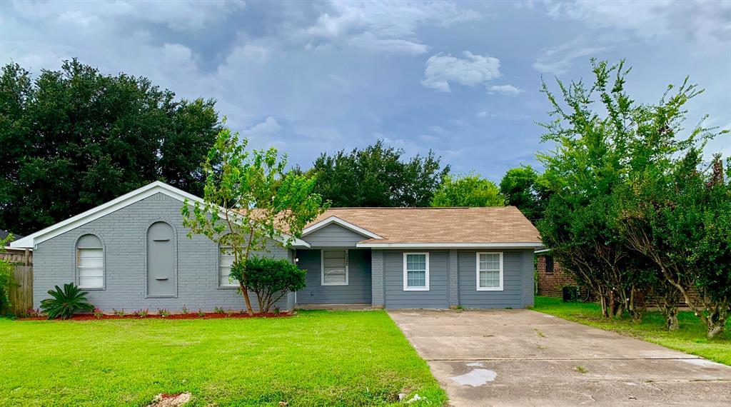 1242 Mooney Road, Houston, TX 77037