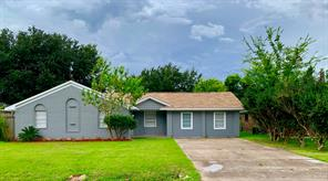 1242 Mooney, Houston TX 77037