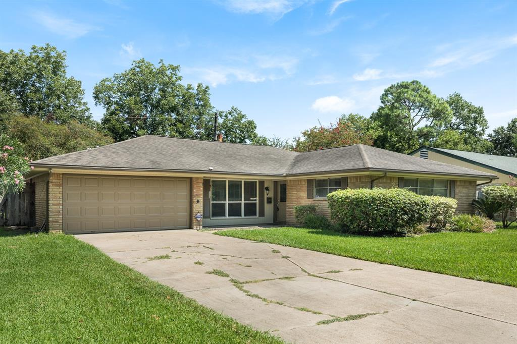 5614 Burlinghall Drive, Houston, TX 77035