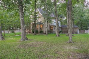 1477 River Oaks Drive, Huntsville, TX 77340