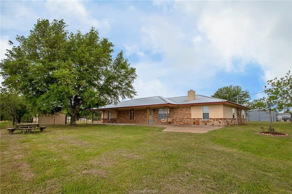 9891 Greenbriar Road, Madisonville, TX 77864