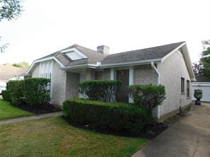2906 Green Fields Drive, Sugar Land, TX 77479