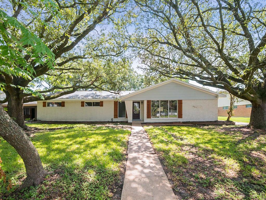 6606 Deckard Street, Houston, TX 77061