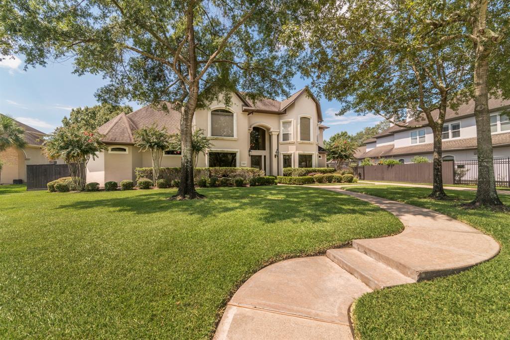 15106 Bronze Bay Court, Houston, TX 77059