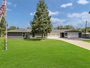 13 Vine Street, Woodbranch, TX 77357