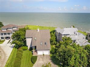 601 quintana roo place, seabrook, TX 77586
