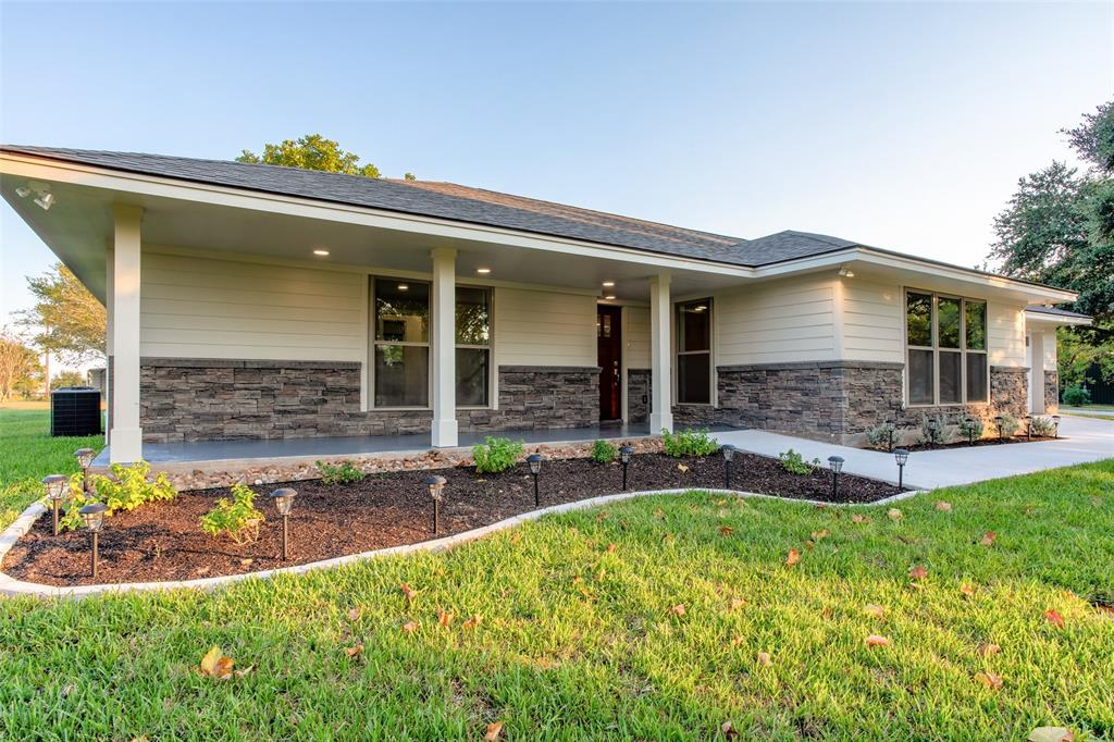 3221 W Hilltop Drive, Chappell Hill, TX 77426