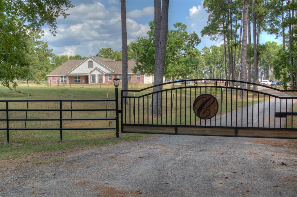 18440 Old Danville Road, Willis, TX 77318