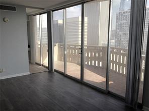 2016 Main, Houston TX 77002