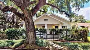 606 Bayland Avenue, Houston, TX 77009