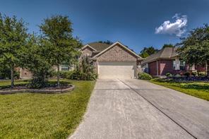 2221 Oak Circle Drive N, Conroe, TX 77301