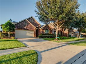 6110 Wickshire Drive, Rosenberg, TX 77471