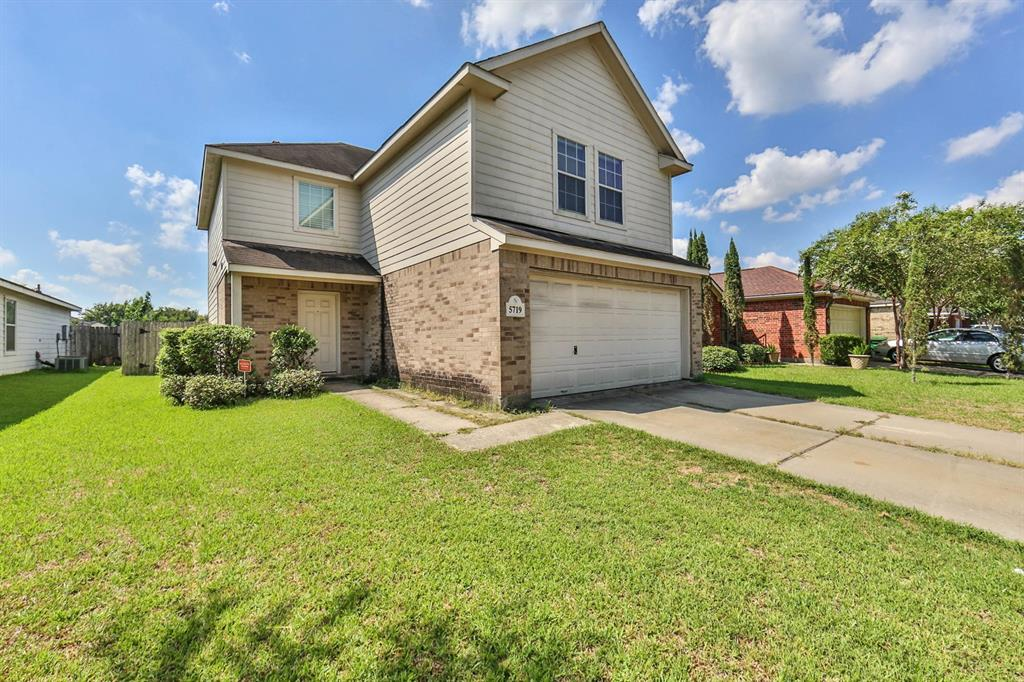 5719 Vendi Drive, Houston, TX 77085