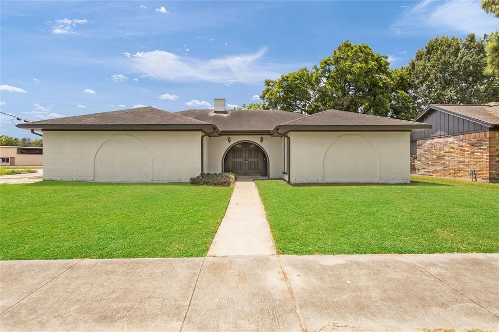2720 San Jacinto Drive, Pasadena, TX 77502