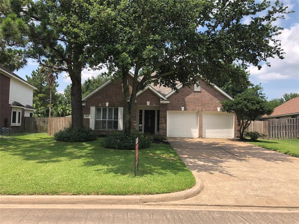 Well maintained and updated 1-story home in sought after Windrose subdivision. Great family floor plan in excellent Klein ISD. Amazing updates and improvements - ceiling fans 2017, plantation shutters 2017, new roof 2017, new carpet 2017, new interior paint 2017, faucets and lights 2017, frameless shower and tile surrounds 2019, exterior paint 2017, stainless steel appliances 2017, new fencing 2019, Samsung refrigerator and Kenmore washer/dryer included! Large canopy trees, sprinkler system front and back yards. Short walk to pocket park, view of golf course from back fence.
