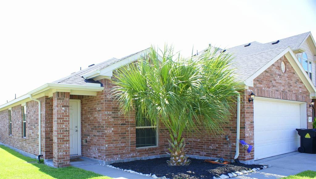 5046 Bay Lane, Bacliff, TX 77518