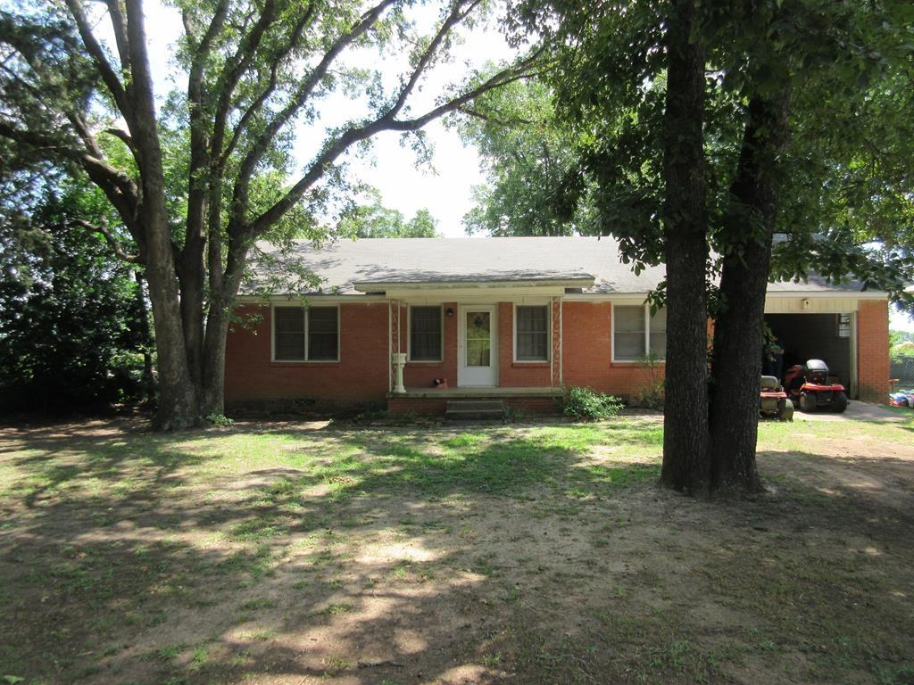 487 An County Road 429, Palestine, TX 75801