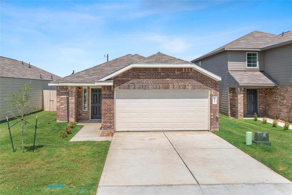 2041 Oakwood Forest Drive, Bryan, TX 77803