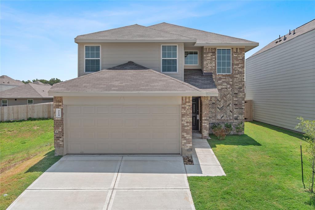 2118 Oakwood Forest Drive, Bryan, TX 77803