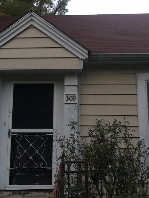 309 E Park Drive, Overton, TX 75684