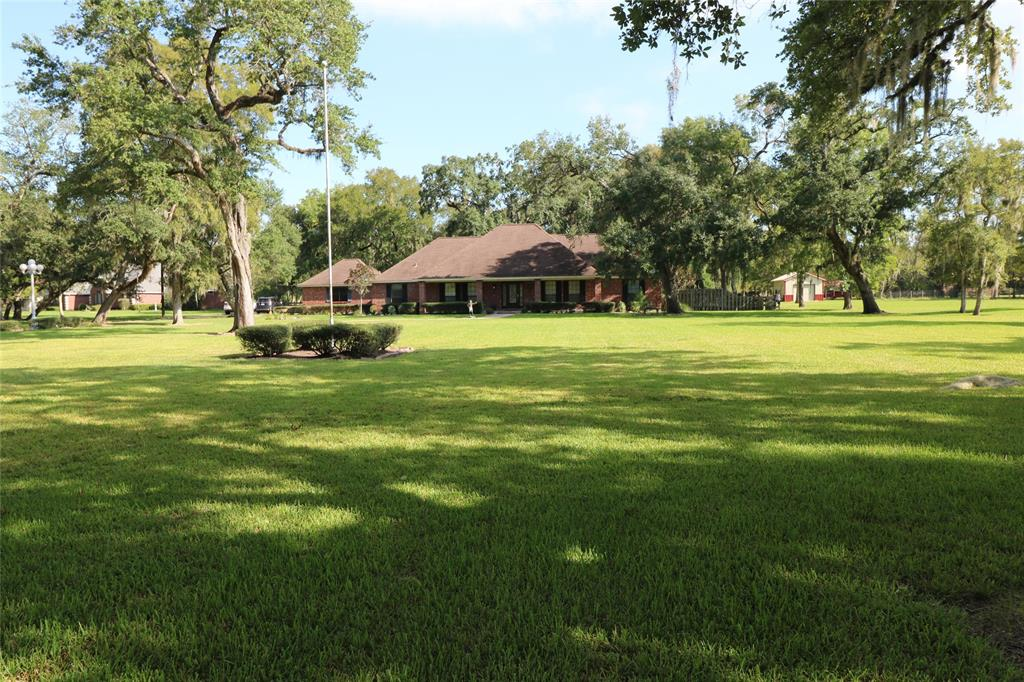 5442 County Road 359, Sweeny, TX 77480