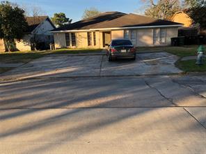 6734 w fuqua drive, houston, TX 77489