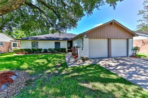 16210 Forest Bend