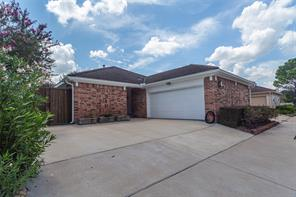 14131 Stokesmount, Houston, TX, 77077