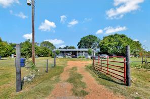 38418 Woodland Lakes Court, Hempstead, TX 77445