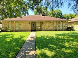 8618 Leamont, Houston TX 77099