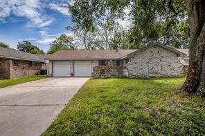 8022 Meadowshire, Houston TX 77037