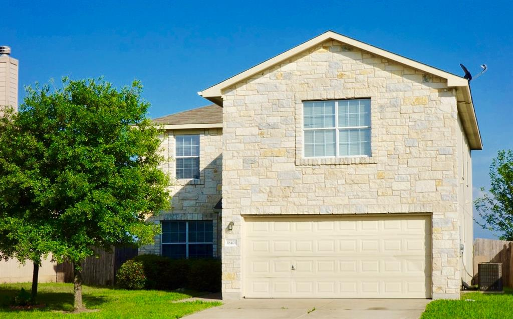 18401 Maxa Drive, Manor, TX 78653