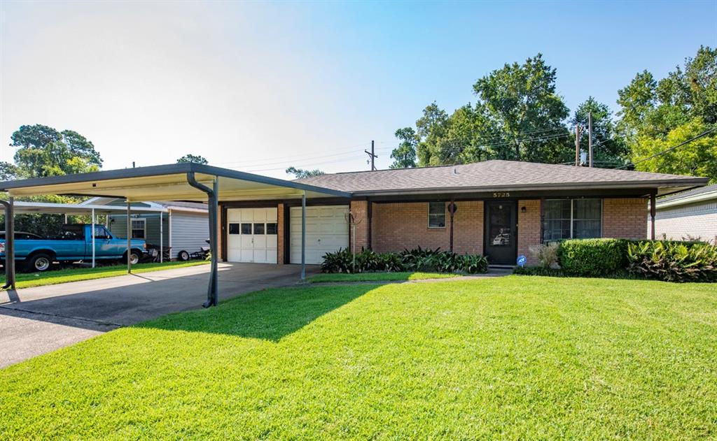 5725 Picadilly Lane, Beaumont, TX 77708