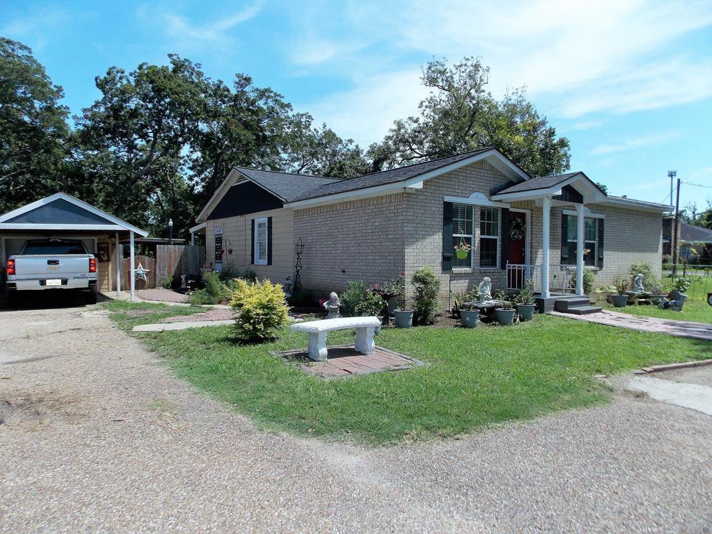 1051 Brazosport Blvd, Richwood, TX 77531