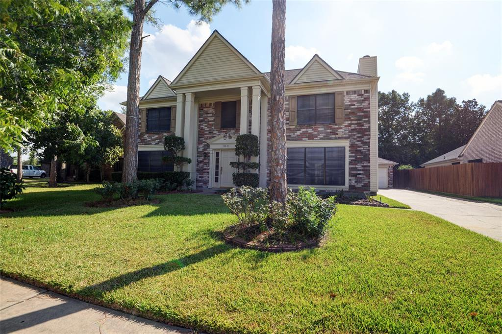 8611 rocky valley Drive, Houston, TX 77083