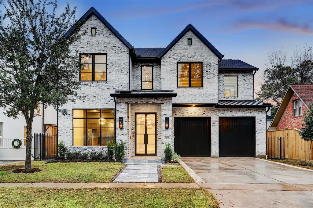 3752 Tangley Road, Houston, TX 77005