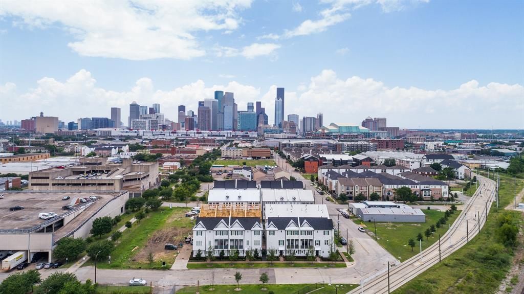 842 Nagle Street, Houston, TX 77003