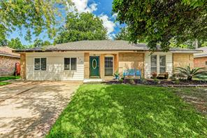 403 Avondale, Friendswood TX 77546