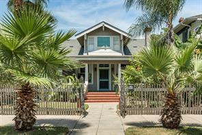 2828 Avenue Q 1/2, Galveston, TX 77550