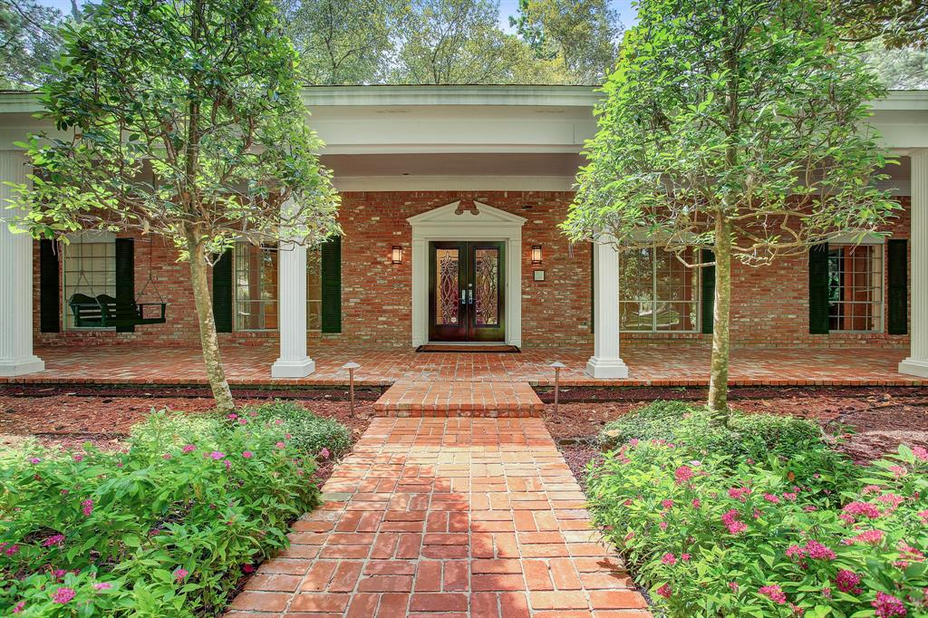 14 Shadow Lane, Houston, TX 77080