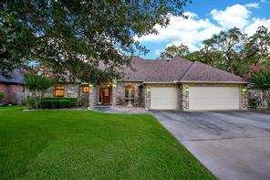700 Enchanted Oaks, Angleton, TX, 77515