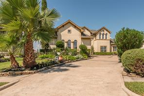2841 sea channel court, seabrook, TX 77586