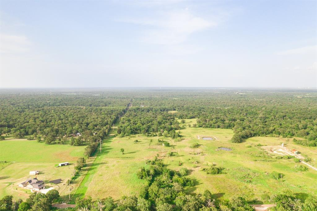 Developers! Investors! Check out this fantastic opportunity in College Station! These 152+ acres (ask about the PLUS) would be great for a new neighborhood development or an amazing estate with all the room to breathe! You can't beat this location!