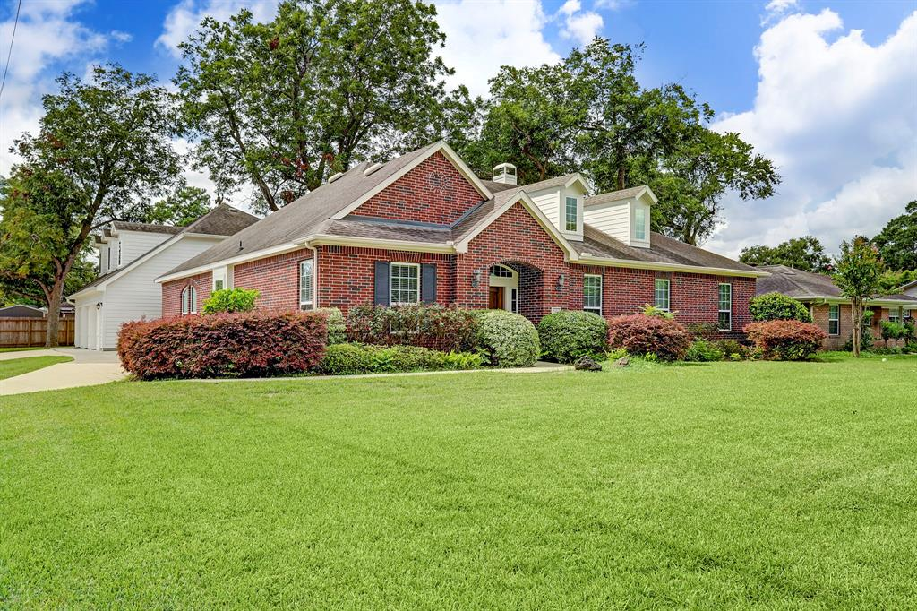5601 Valerie Street, Houston, TX 77081
