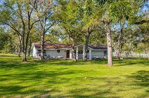 1527 Wagon Road, Simonton, TX 77476